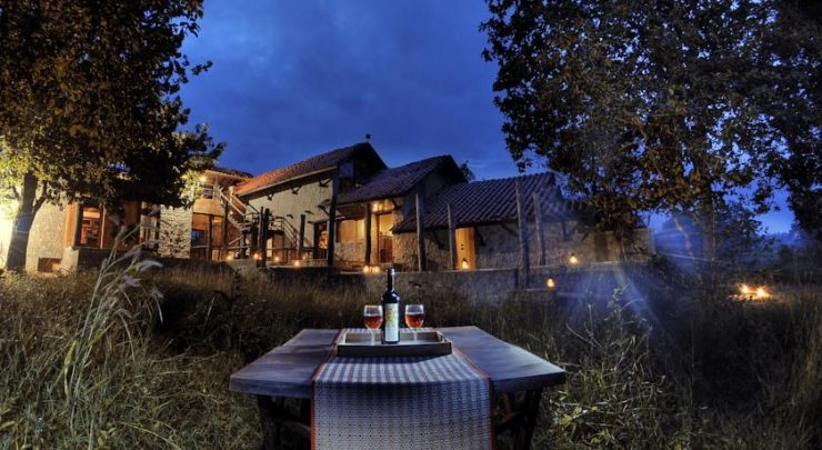 Earth Lodge Kanha ( Best Tiger Safari Resort in India)